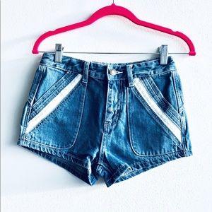 FREE PEOPLE beautiful vintage denim shorts